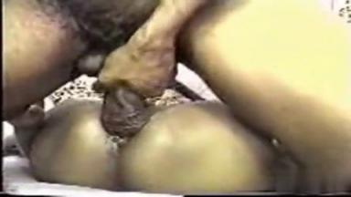 Jeune amatrice baisée par une grosse queue fainéante